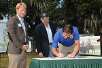 Dan Ashe Signs Document at Everglades Headwaters Event