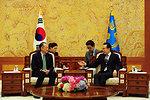 Dr. Jim Yong Kim meeting with South Korean President Lee Myung-Bak
