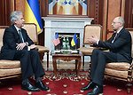 Deputy Secretary Burns Meets With Verkhovna Rada's Arseniy Yatsenyuk