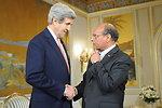 Tunisian President Marzouki Greets Secretary Kerry in Tunis