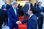 Secretary Kerry Bids Farewell to Vietnamese Foreign Minister Minh
