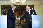 Secretary Kerry, Polish Foreign Minister Sikorski Shake Hands After News Conference