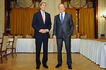 Secretary Kerry Meets With Russian Foreign Minister Lavrov at Outset of Syria Meeting