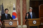 Secretary Kerry Meets With Minister Yun of the Republic of Korea
