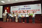 USAID and VCCI present certificates to enterprises active in HIV awareness and support