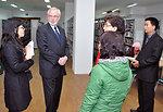 U.S. Ambassador David Shear visits the National Library