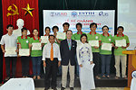 USAID Mission Director Francis Donovan participate in graduation of IT students in Hanoi on June 22, 2011.