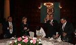 Guatemalan President Colom toasts Secretary Clinton