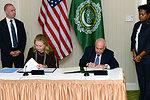 Secretary Clinton Meets With Arab League Secretary General Elaraby