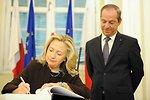 Secretary Clinton Signs the Visitors' Book