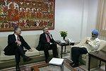 Ambassador Roemer, Under Secretary Burns, and Indian Prime Minister Deputy Chairman of the Planning Commission Montek Singh Ahluwalia Meet in New Delhi