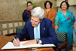 Secretary Kerry Signs the Guestbook