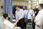 Ambassador Shapiro Visits Victims of Missile Attacks at Kaplan Medical Center