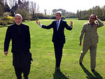 Secretary Kerry, Afghan President Karzai, and Pakistani Chief of Army Staff General Kayani Return From a Walk