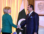 Secretary Clinton Meets With Pakistani Prime Minister