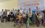 U.S. Congressional delegation attends a wheelchairs and hearing aids distribution event in Danang