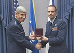 Helicopter pilot receives Cheney Award