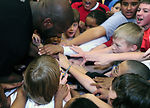 Shaq shares hoops clinic with Buckley children