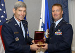 Gunship commander receives Cheney Award
