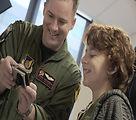Airmen, Sailors visit Australian childrens hospital