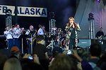 Wynonna headlines concert for military