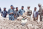 Airmen train Iraqi EOD squad