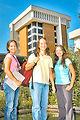 Maxwell teen graduates college