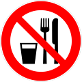 Deutsch:  Essen und Trinken verboten, Verbotszeichen D-P019 nach DIN 4844-2 Do not eat or drink, prohibition sign D-P019 according to German standard DIN 4844-2