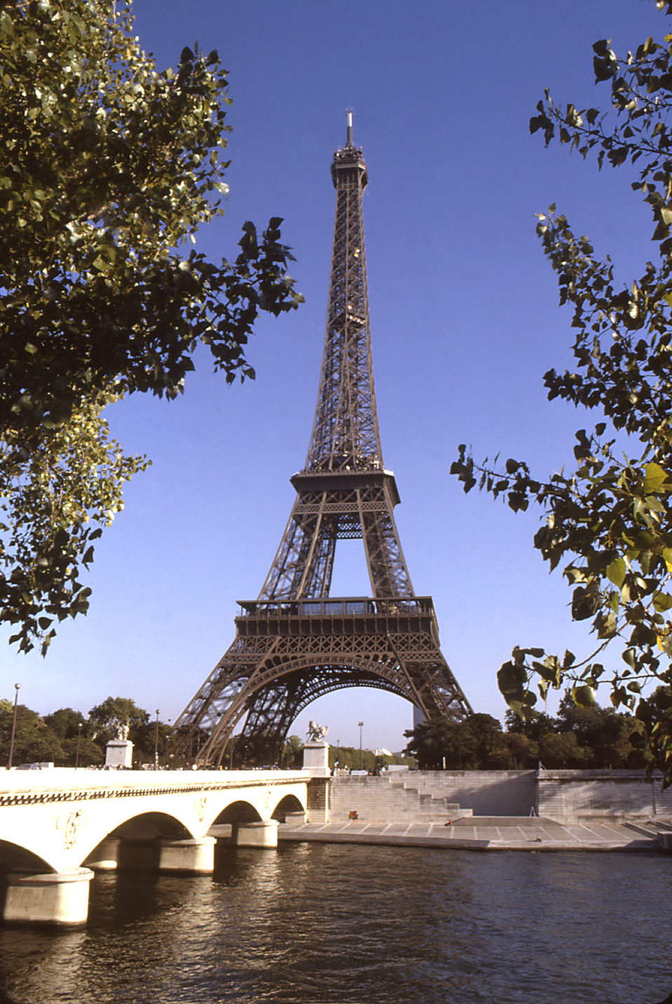 Most Popular Countries >> Public Domain Picture | The Eiffel Tower in Paris, France | ID: 13392945619798 ...