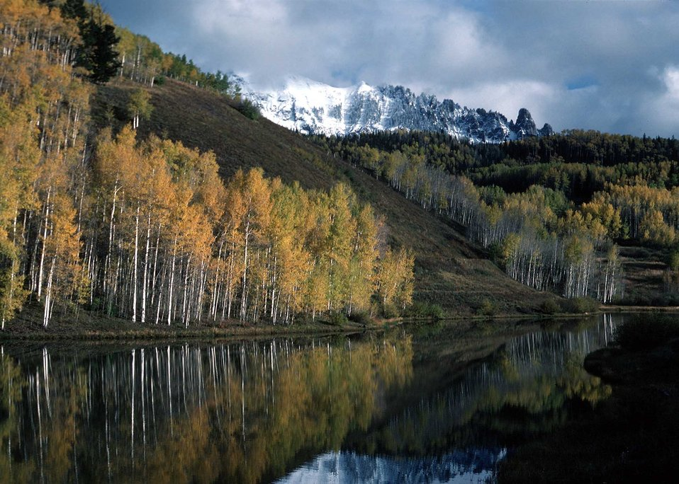 A fall mountain and lake landscape
