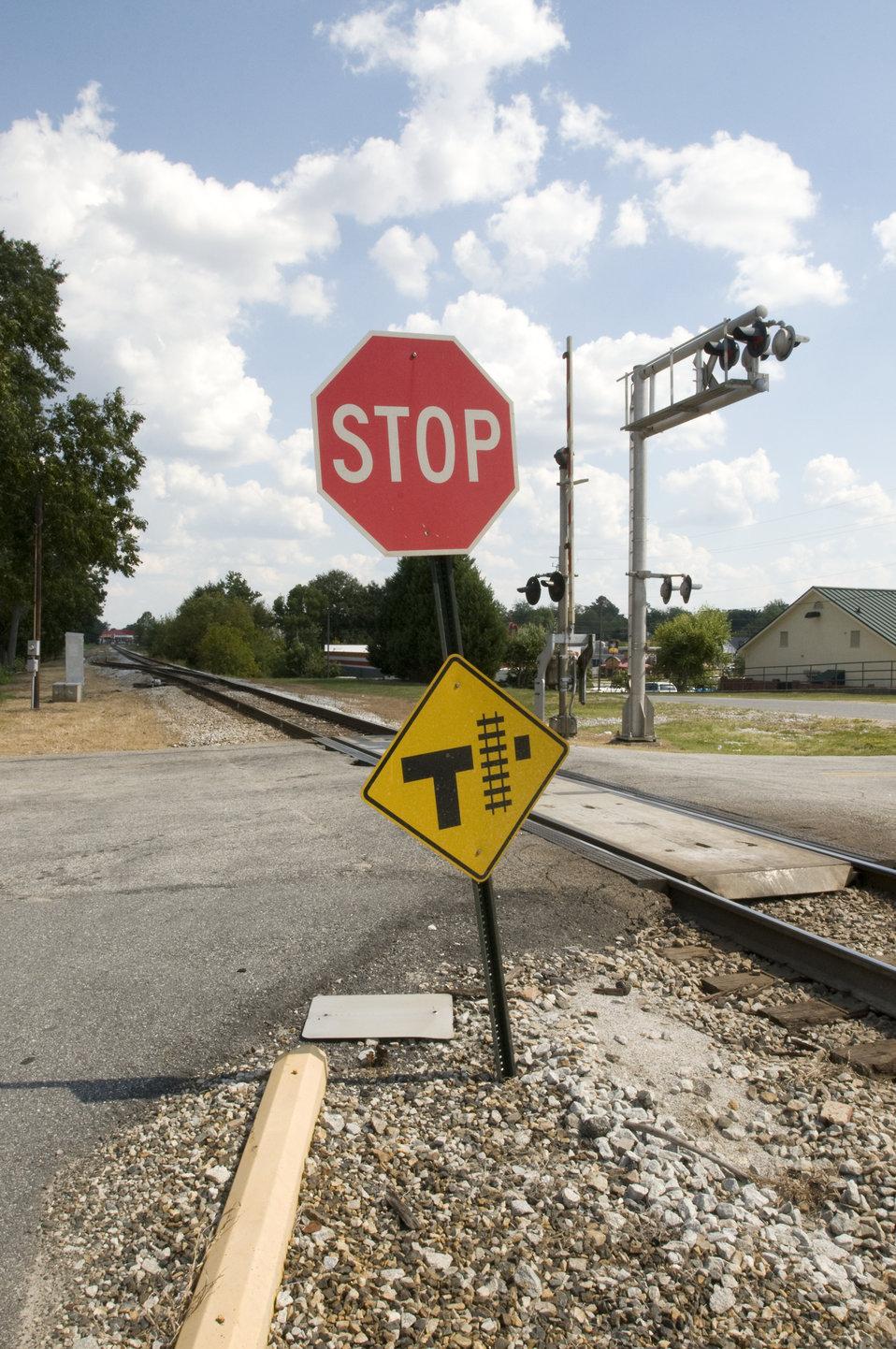 Railroad crossing traffic signs