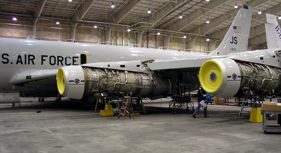 E-8C's new engine program takes off