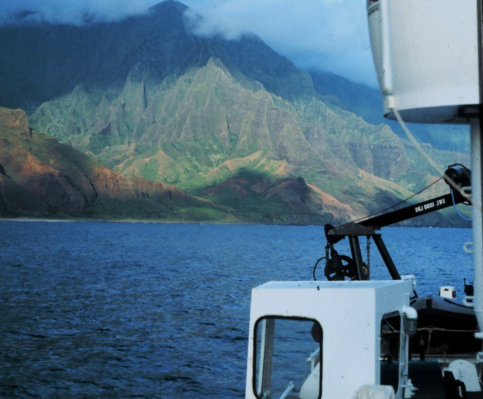 Sailing along the coast of Kauai.
