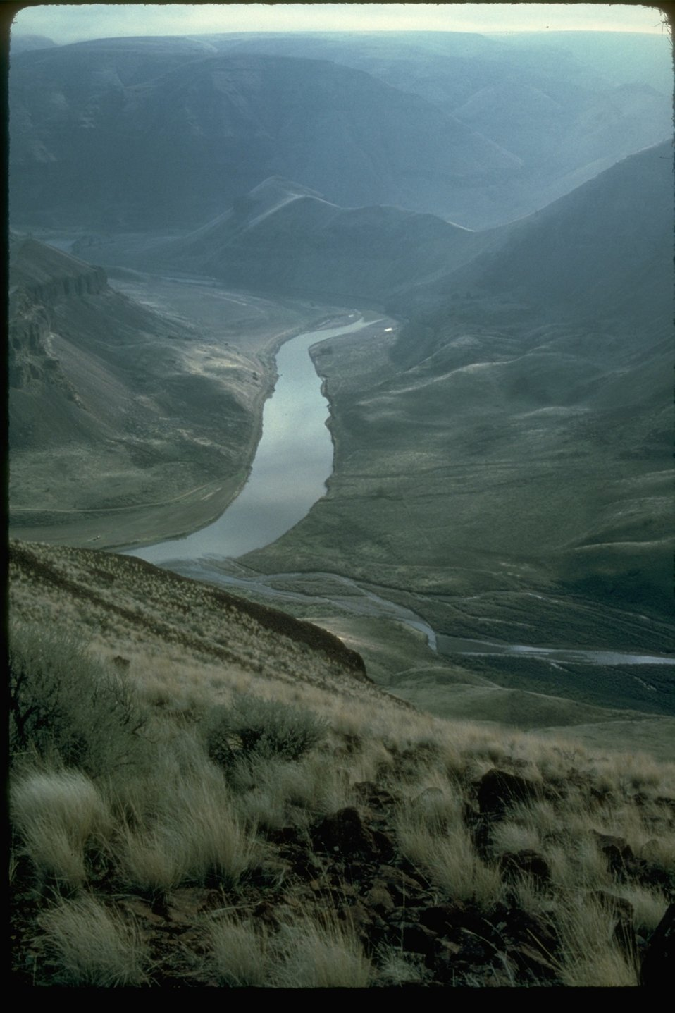 A scenic picture of the John Day River.