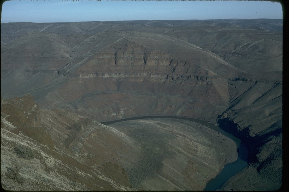 Aerial of Lower John Day looking Northeast at Jacknite.  OR 5-6