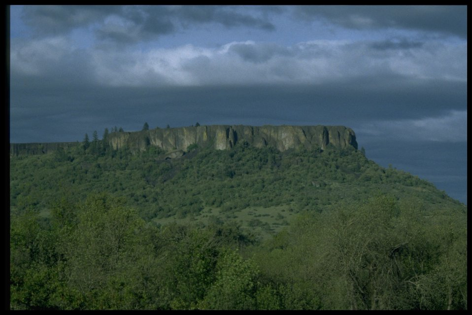 Scenic view of Lower Table Rock.