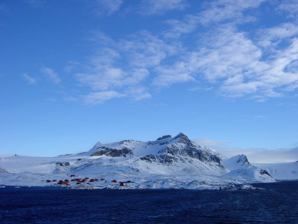A base camp for observing penguins and marine mammals as well as other scientific observations.