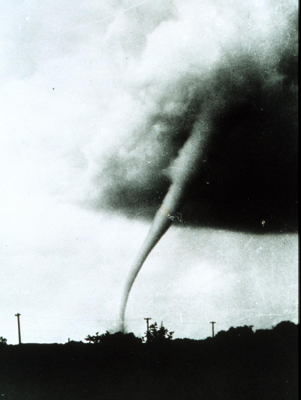 Tornado at Manhattan, Kansas