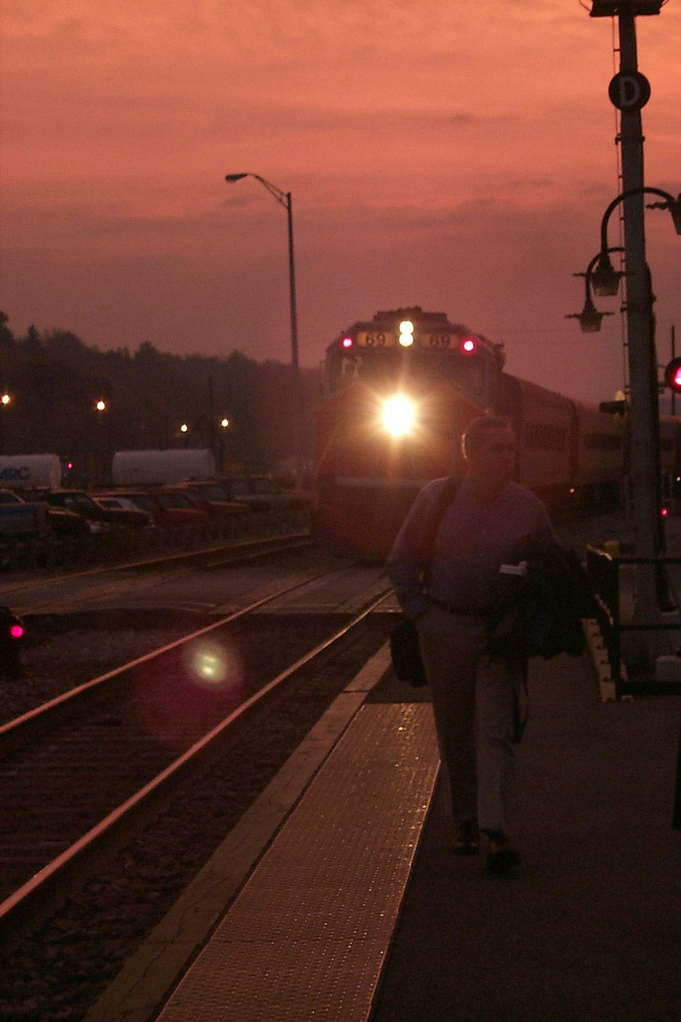 Sunrise at the MARC station at Point of Rocks.
