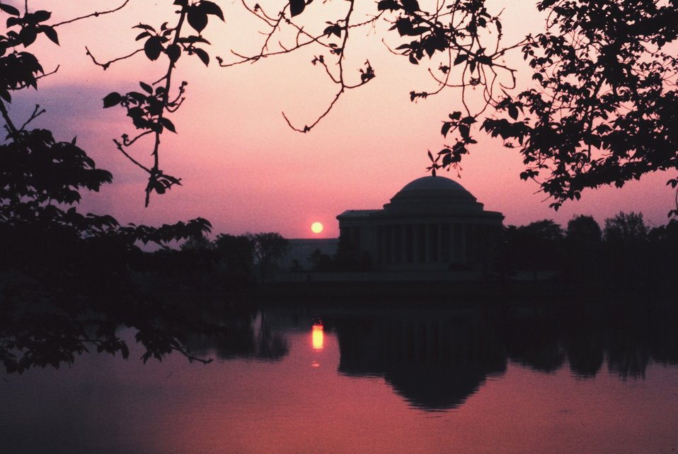 Sunset reflecting off the water at the Jefferson Memorial