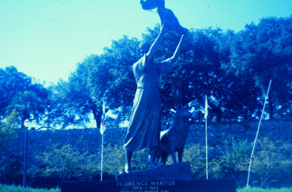 Florence Martus, Savannah's Waving Girl. This statue commemorates a lady who brightened the lives of thousands of sailors . Florence waved goodbye to hundreds of ships leaving the port of Savannah