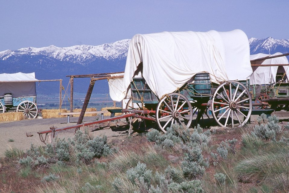 NHOTIC 10th Anniversary, wagon train reenactment. Encampment on the Oregon Trail.