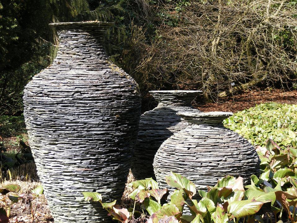 Slate urns