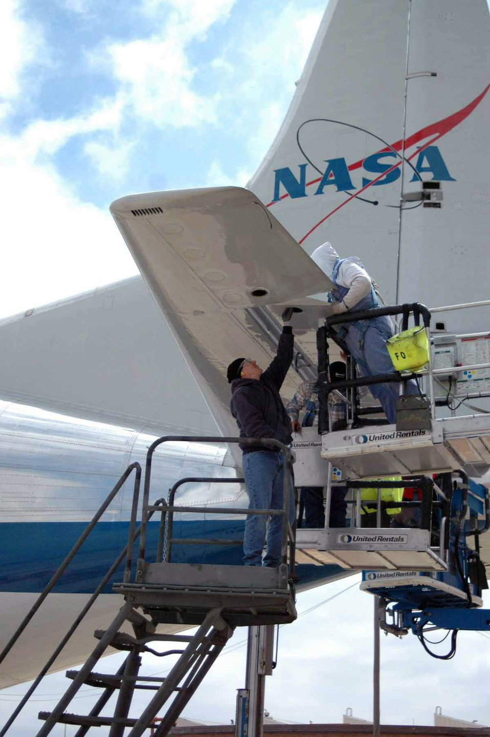Inspecting the Super Guppy