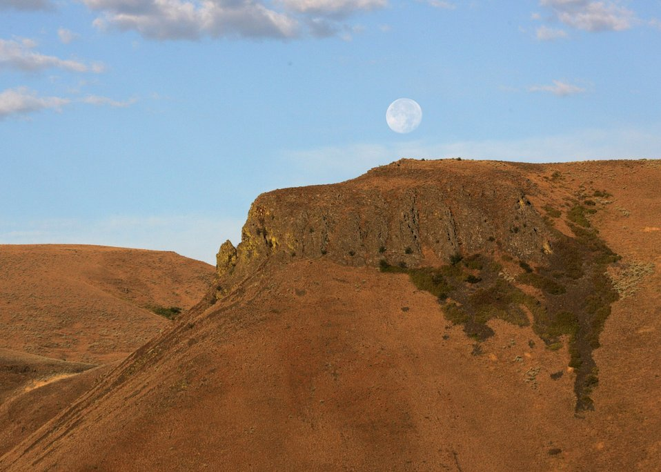 Moonset on the Snake River Backcountry Byway.