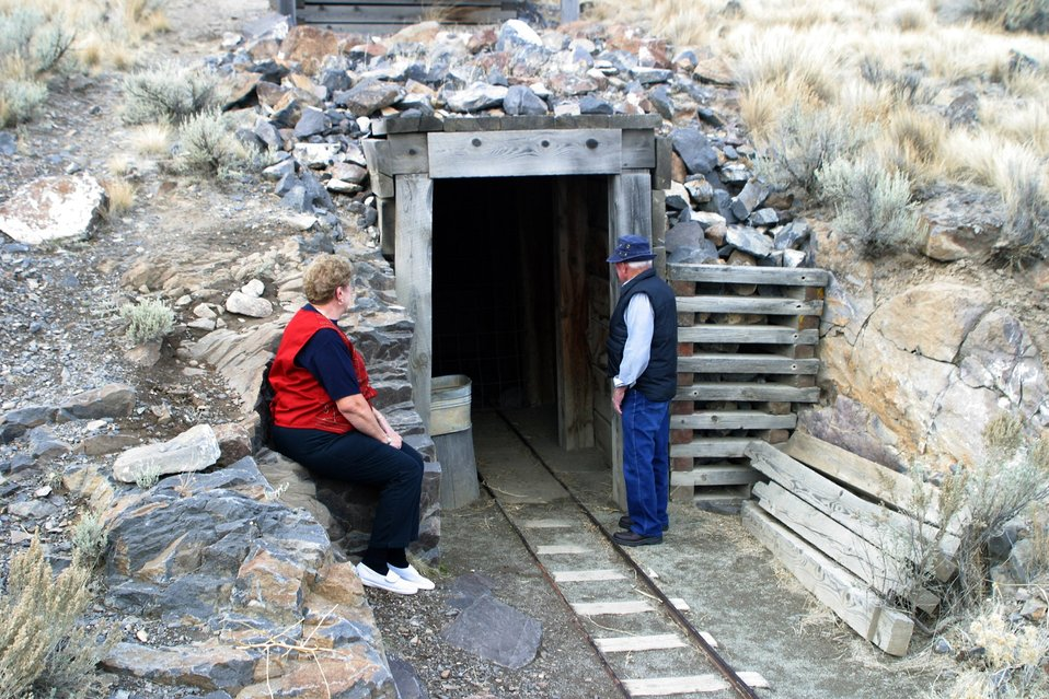 A replica of an old hard rock mine give visitors a sense of historic mining in eastern Oregon.