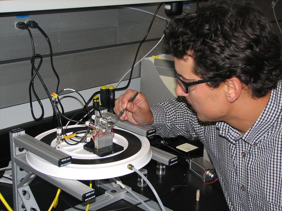 Nanoelectronic Switch