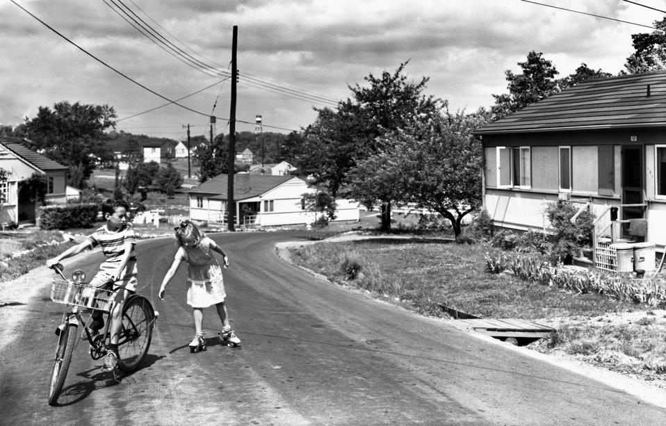 Children Playing on Street Oak Ridge 1948
