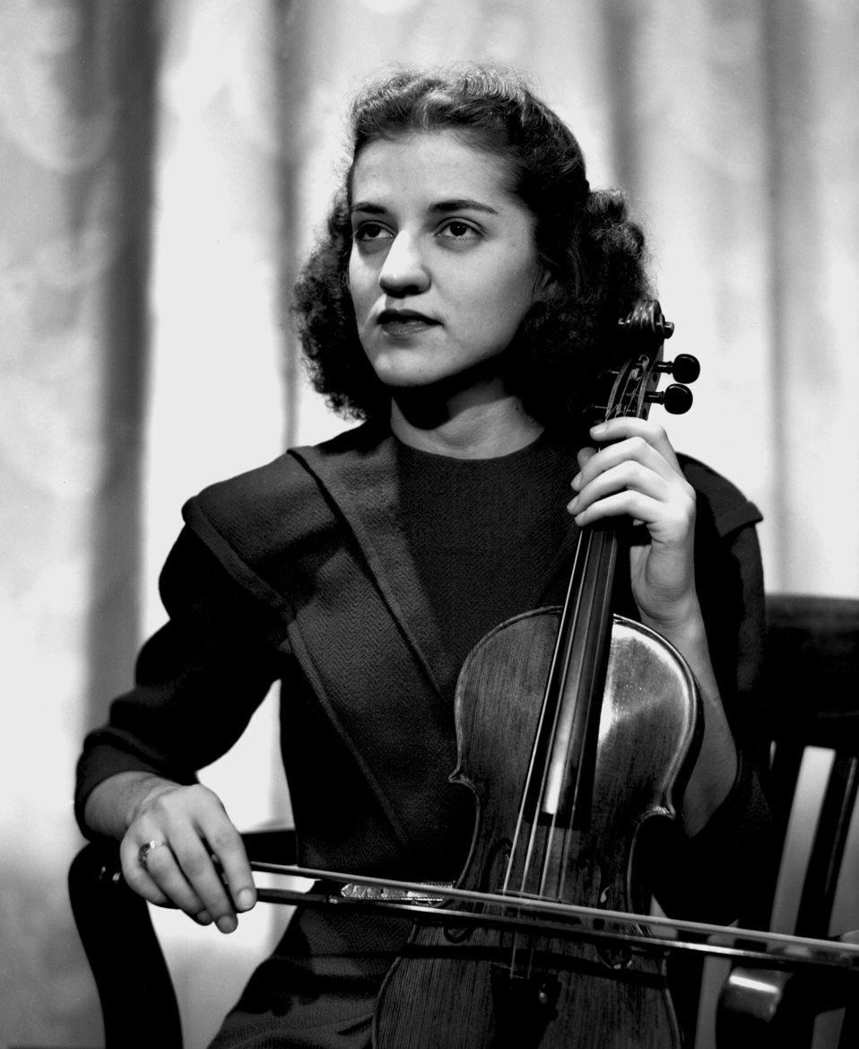 Charlotte Wayne Violinist Oak Ridge Symphony