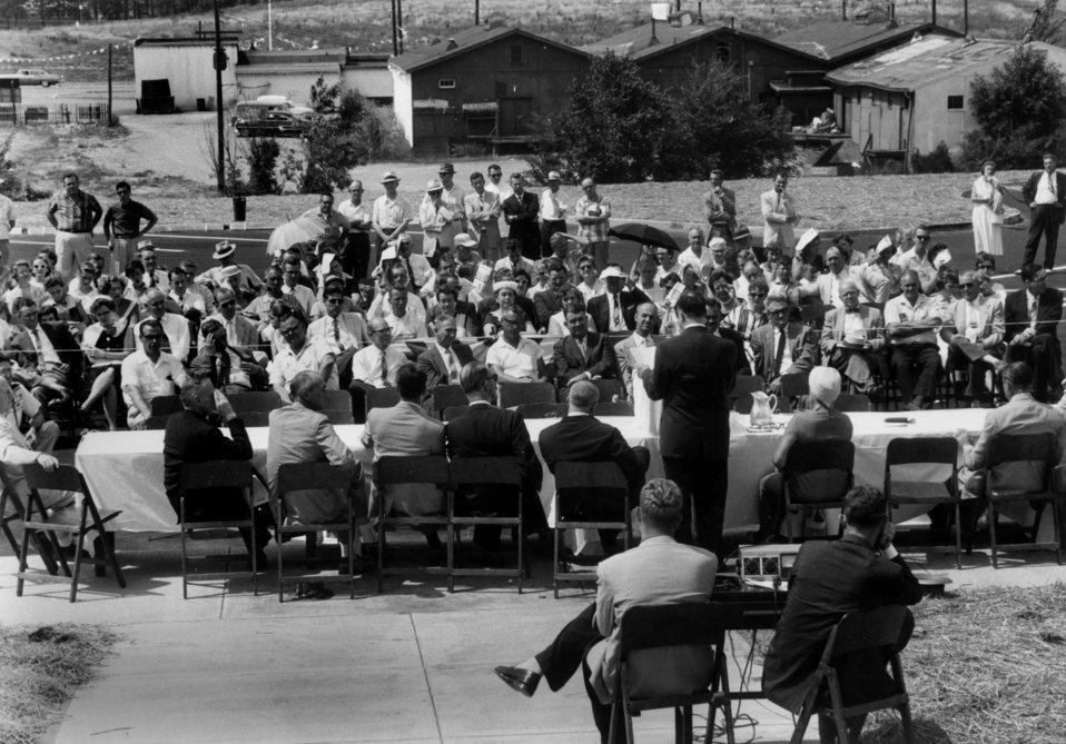 Municipal Bldg. ground breaking ceremony Oak Ridge